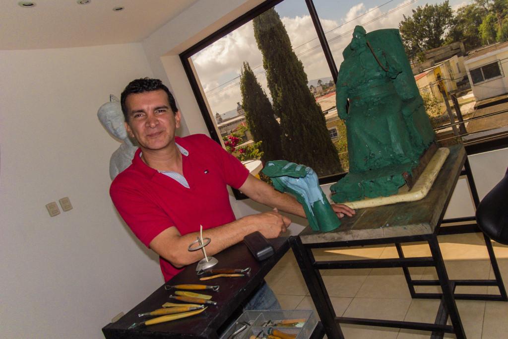 Sergio de Gandarias Escultor por Hugo Muralles
